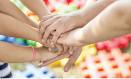 Nas férias, agitação da criançada em condomínios pode causar atrito com vizinhos