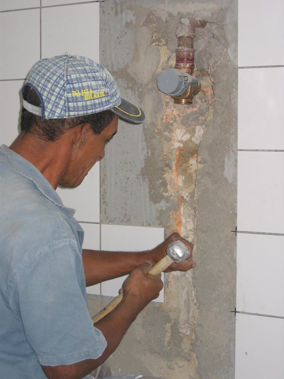 NBR 16.280 define que síndico deve fiscalizar obra em apartamento