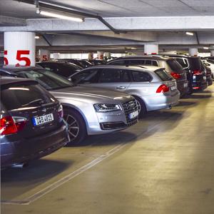 Pondo ordem na garagem rotativa